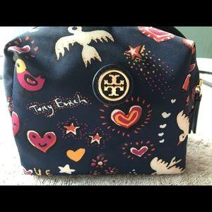 Tory Burch Brigitte cosmetic case